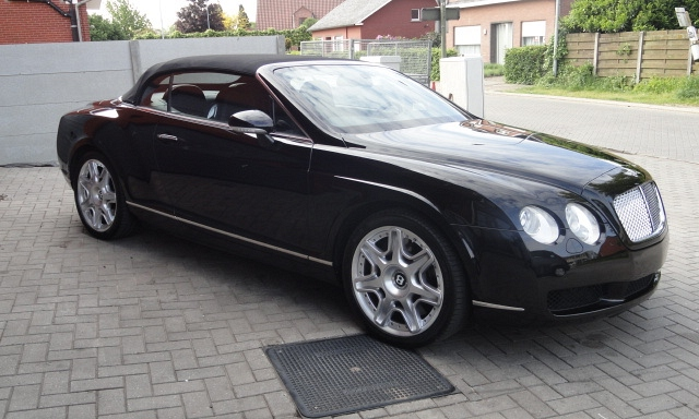Bentley continental 5