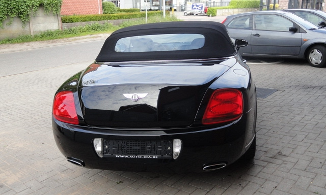 Bentley continental 8