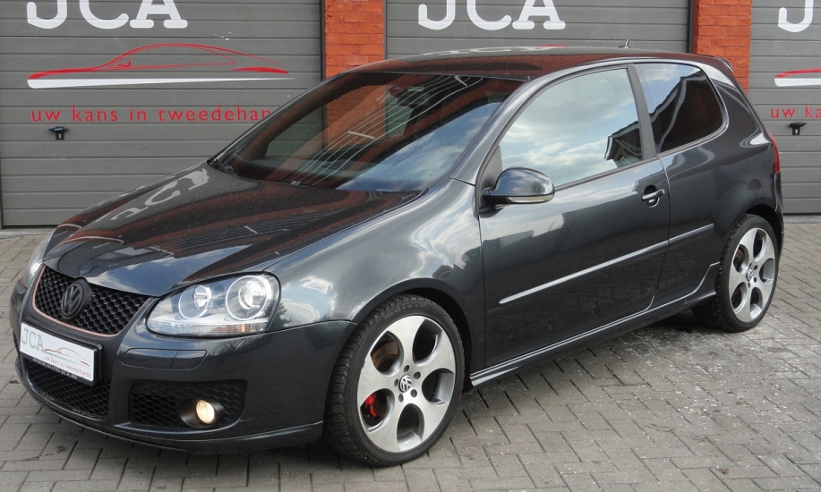 Volkswagen Golf 5 4