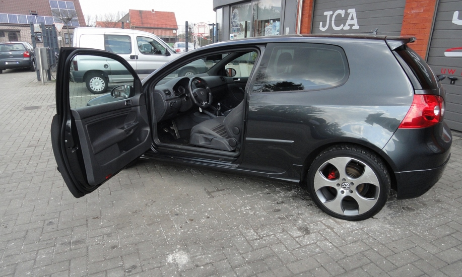 Volkswagen Golf 5 16