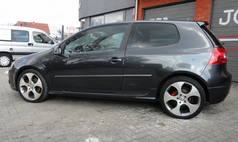 Volkswagen Golf 5 17