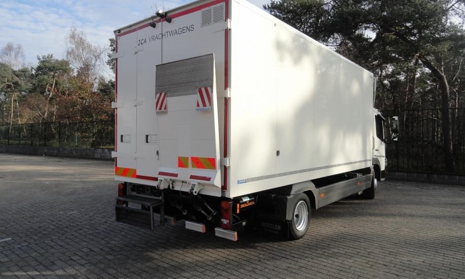 Mercedes Atego bluetec5 4