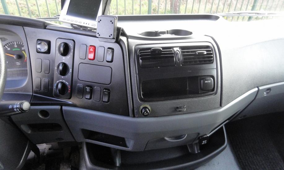 Mercedes Atego bluetec5 15