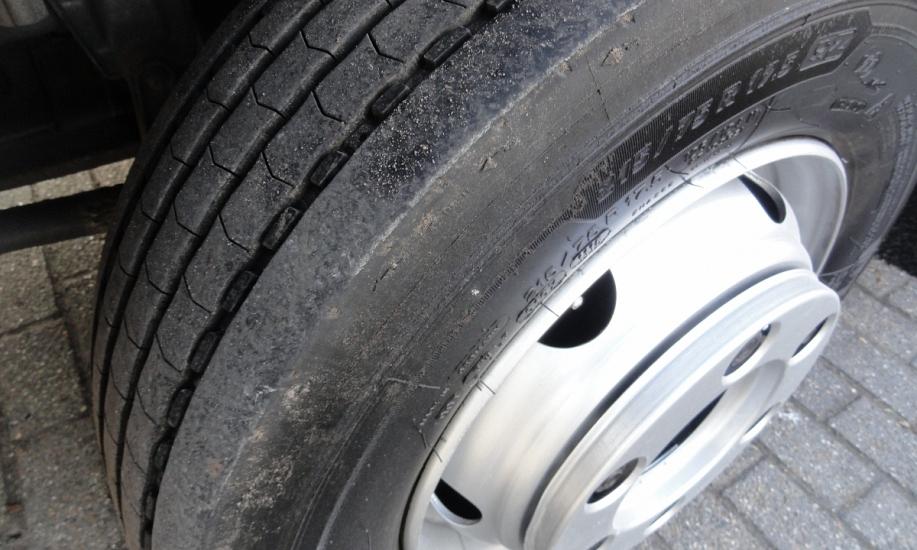Mercedes Atego bluetec5 23