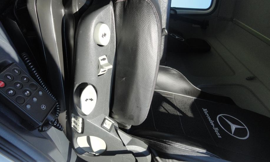 Mercedes Atego 818L saxas koffer 10