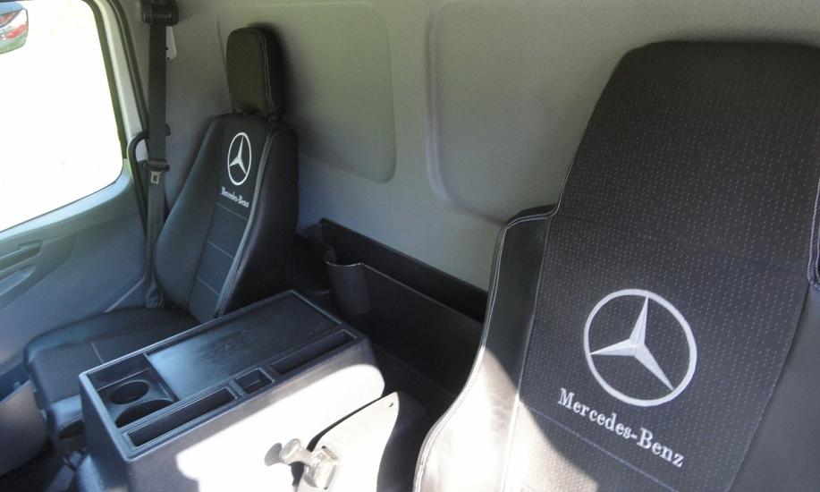 Mercedes Atego 818L saxas koffer 11