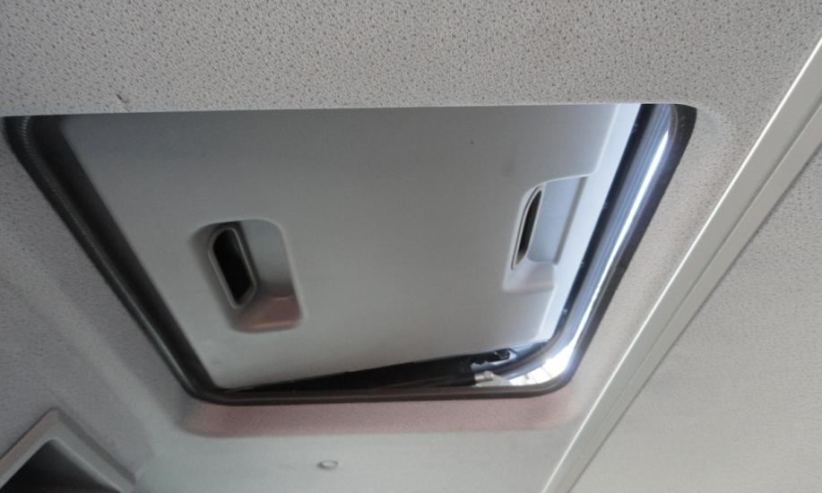 Mercedes Atego 818L saxas koffer 14