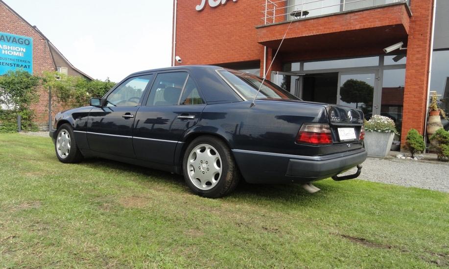 Mercedes 124 10