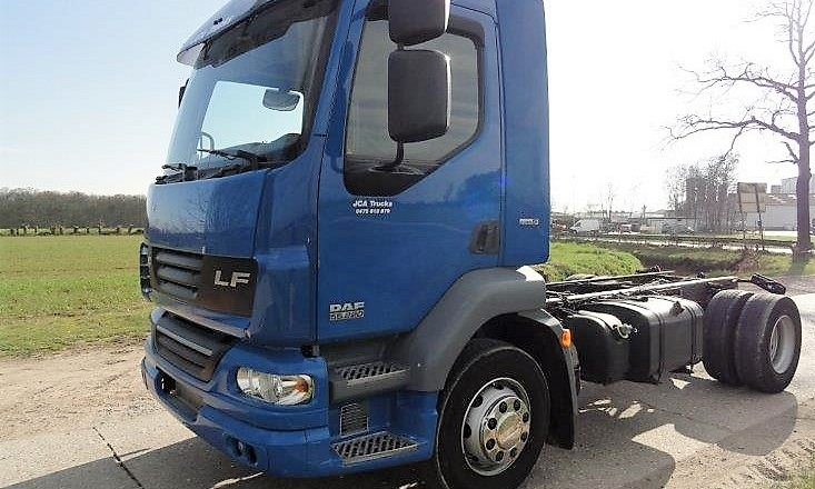 DAF LF 55.220 chassis wielbasis 360cm 15T 1