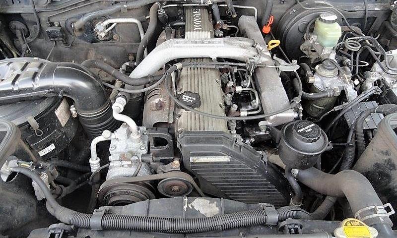 Toyota Landcruiser turbo VX automaat 7