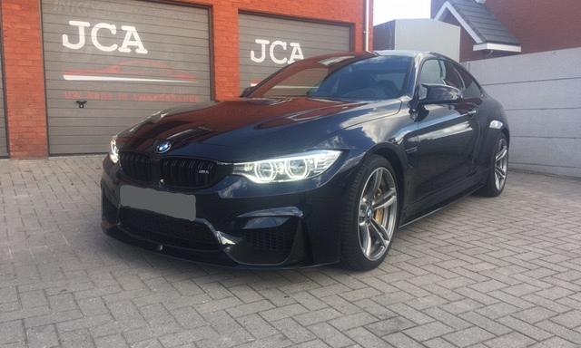 BMW M4 Coupé carbon full option 1