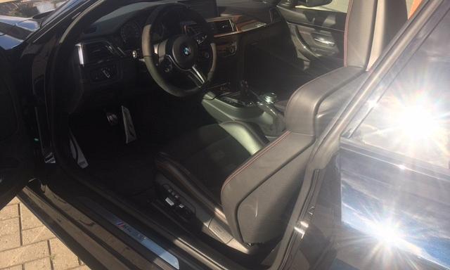 BMW M4 Coupé carbon full option 13