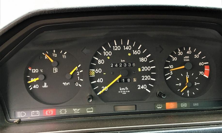 Mercedes E cabriolet 8