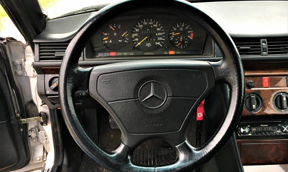 Mercedes E cabriolet 11