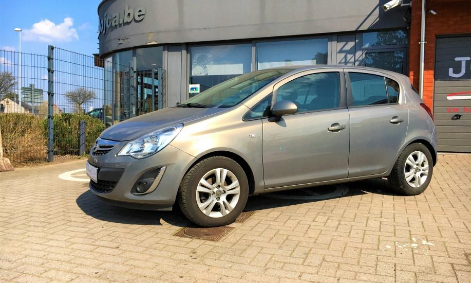 Opel corsa 1.2i 1