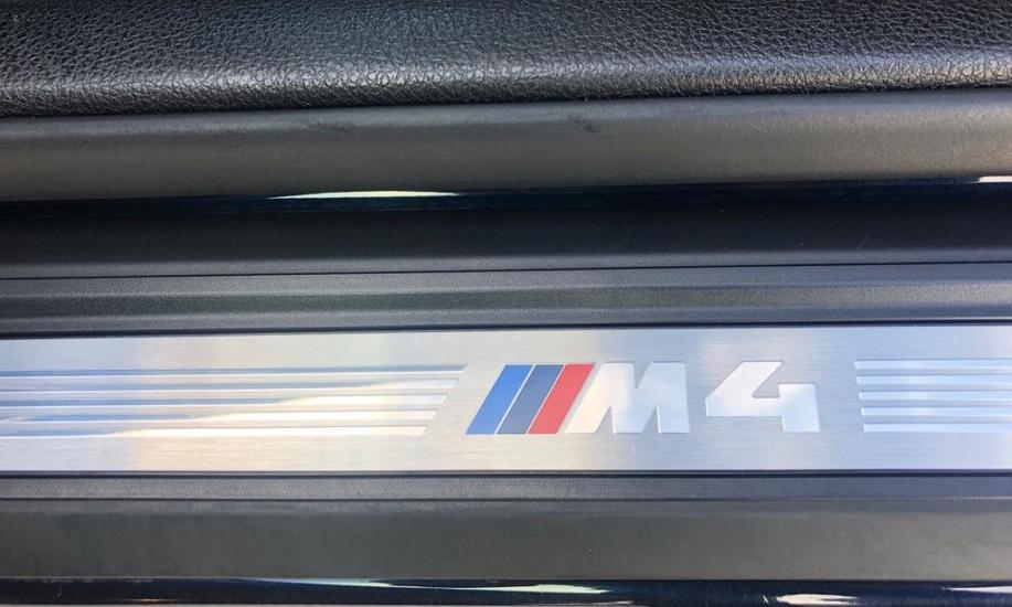 BMW M4 12