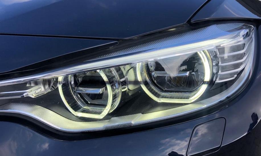BMW M4 33